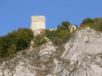 Burg Randeck über den Felsen von Essing