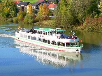 Schifffahrt auf der Altmühltal bei Essing