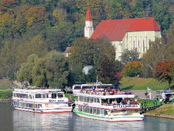 Schiffahrt bei Kelheim nach Weltenburg