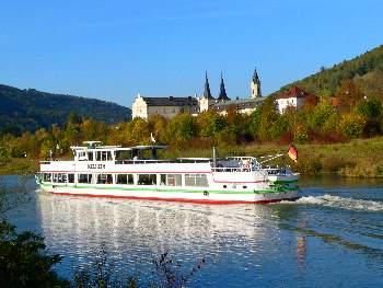 Schiffahrt auf der Altmühl bei Riedenburg