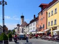 straubing-sehenswertes-ausflugsziele-stadtplatz-kirche-150