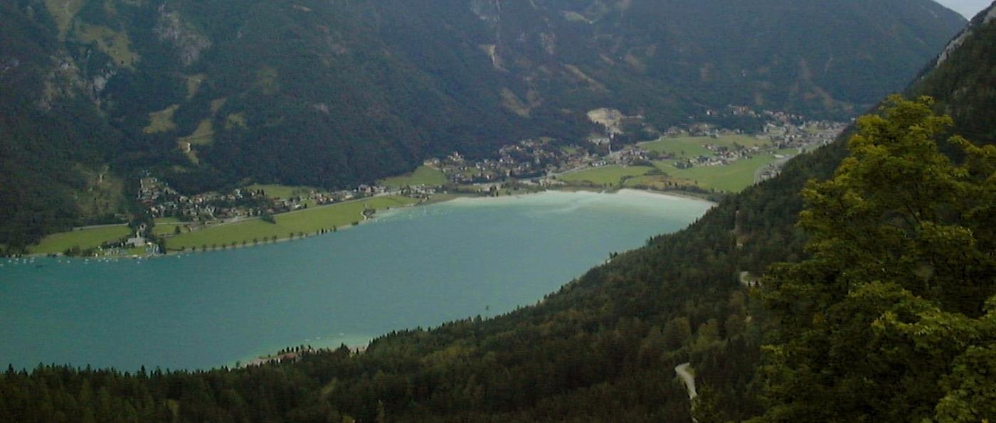 achensee-österreich-blick-vom-berg-rofan-ausflugsziele