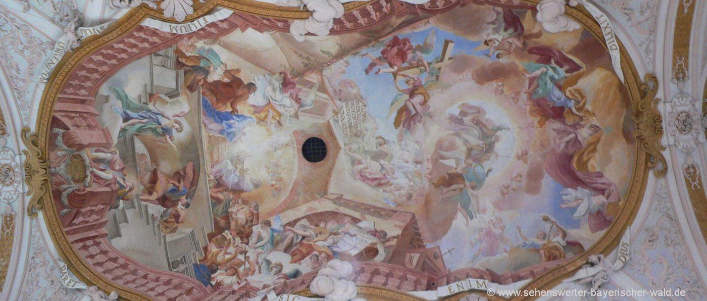 niederbayern-aldersbacher-klosterkirche-highlights-deckenmalerei