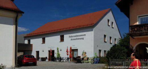 arnschwang-freizeitangebote-fahrradmuseum-cafe-ausflugsziele