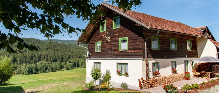 bayern-ferienhaus-8-personen-2-badezimmer-4-schlafzimmer