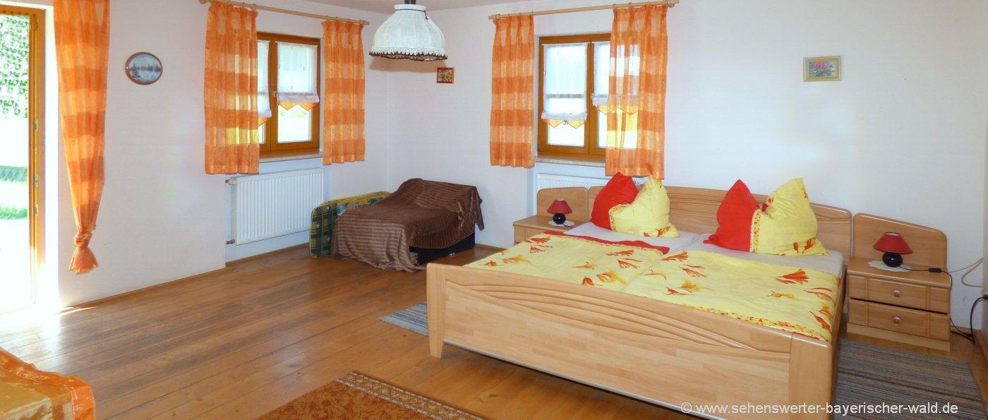 aubauernhof-radling-übernachtung-cham-unterkunft-schlafzimmer