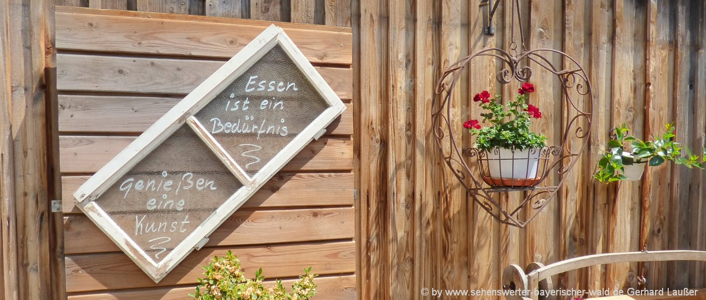 ausflugslokal-bayerischer-wald-biergarten-ausflugsgaststaette-essen-trinken