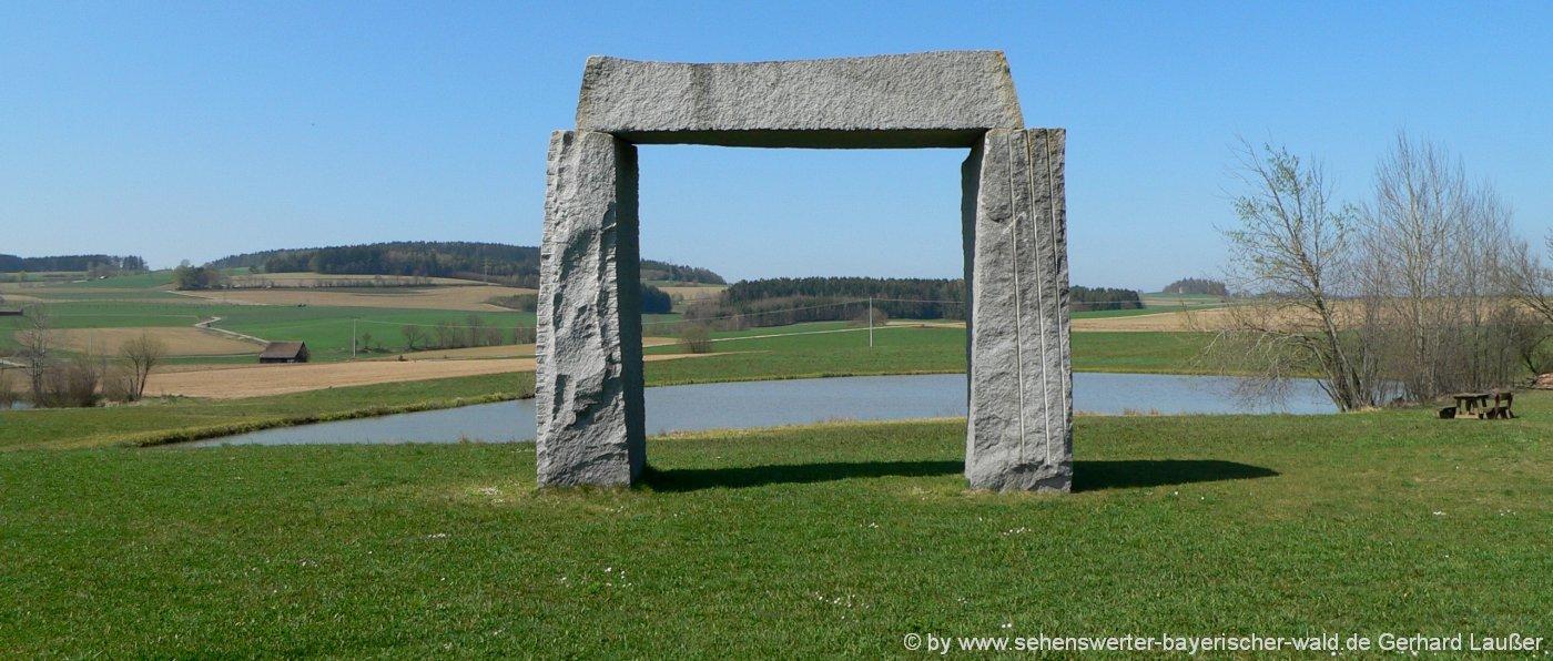 ausflugsziele-oberpfaelzer-wald-sehenswuerdigkeiten-stone-henge-oberpfalz