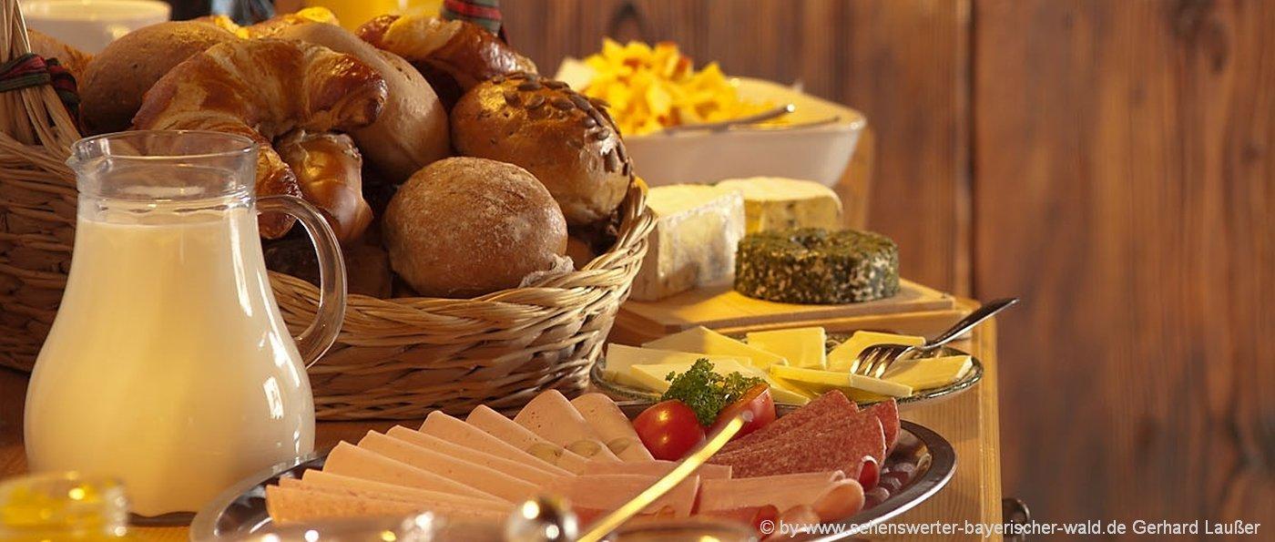 bauernhofurlaub-halbpension-deutschland-bauernhof-frühstück-bayern