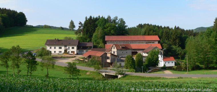 Bauernhofurlaub Angebote Last Minute Hofansicht