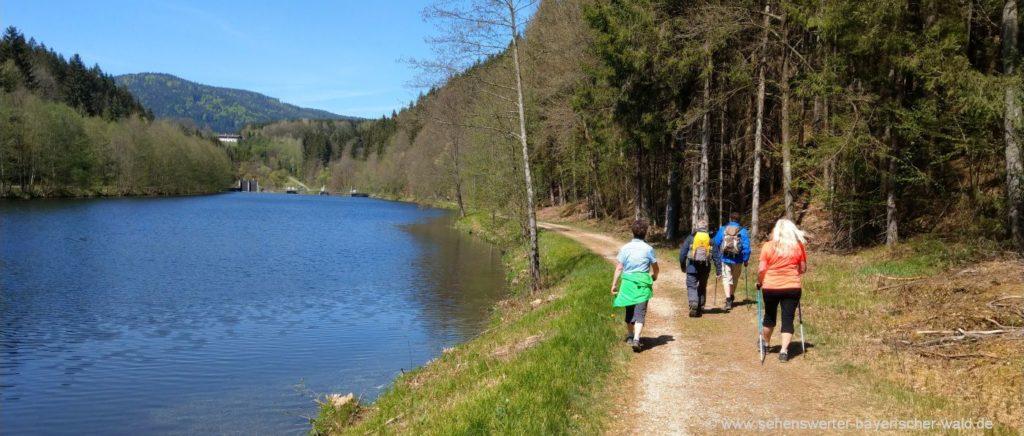 Bayerisch Kanada Fluss Wanderung von Teisnach nach Gumpenried