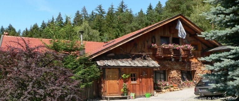 bayerischer-wald-gruppenhaus-bayern-gruppenunterkunft-ferienhütten