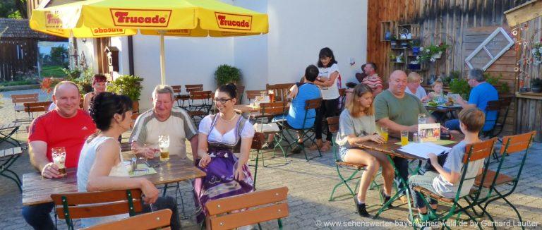 biergarten-bayerischer-wald-niederbayern-ausflugsgasthof