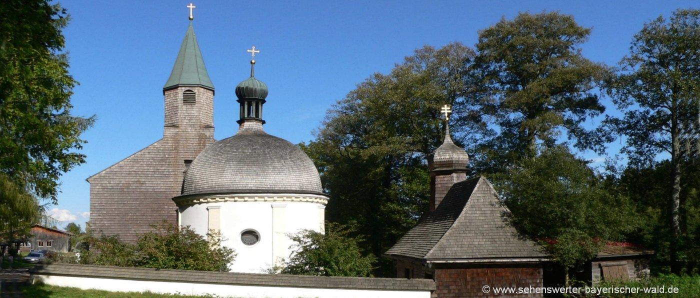 Bischofsmais Wallfahrtskapelle Sankt Hermann am Wanderweg Böhmweg