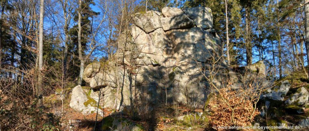 blaibach-predigtstuhl-miltach-wanderwege-felsformation