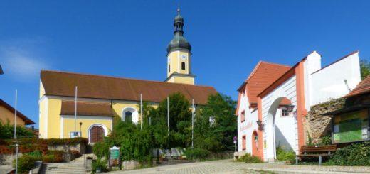 blaibach-sehenswürdigkeiten-cham-ausflugsziele-kirche-schloss