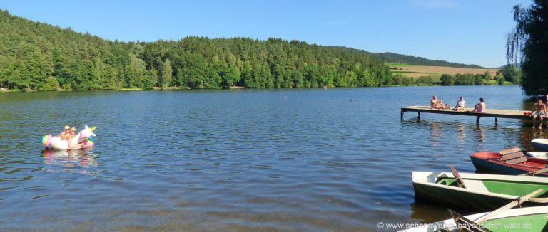 blaibacher-see-ausflugsziele-cham-boot-fahren-bayerischer-wald-freizeitsee