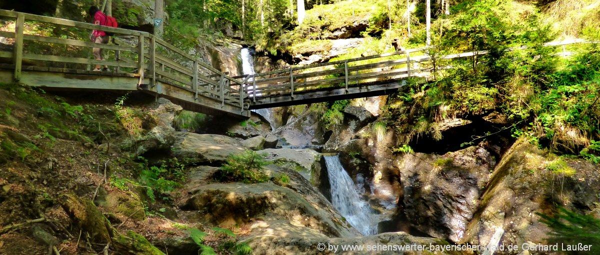 Bodenmais Wanderung zum Hochfall Wasserfall Bayerischer Wald