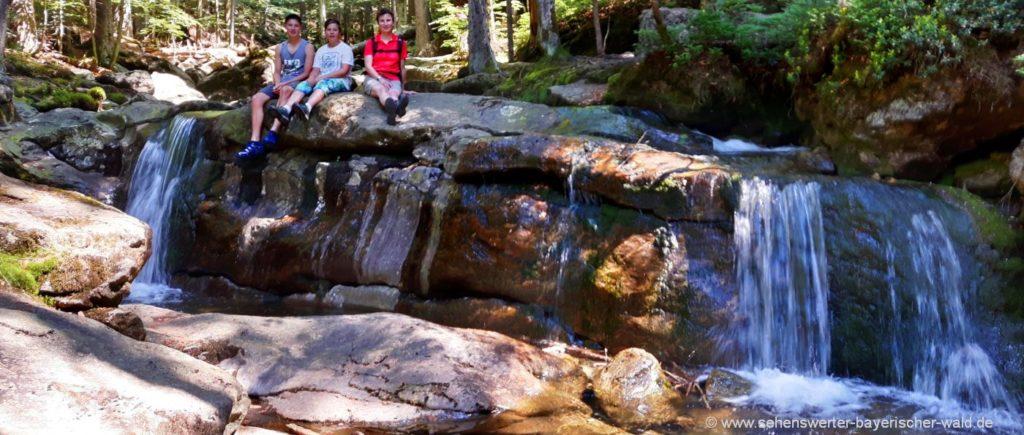 Rundweg Rissloch Wasserfälle Leichte Tour mit Kinder