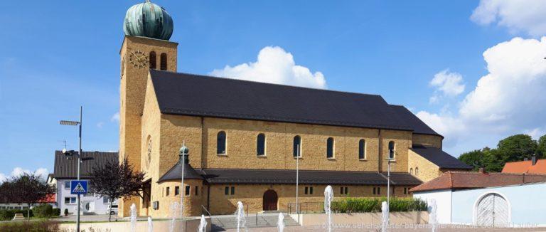 bodenwoehr-sehenswuerdigkeiten-oberpfalz-pfarrkirche-ausflugsziele-ansicht