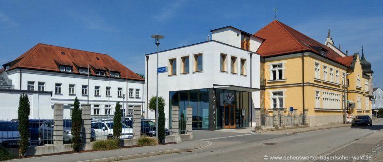 bogen-stadt-rathaus-polizei-niederbayern-ausflug
