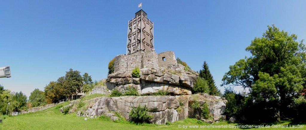 Wanderung ab Brennberg mit dem Highlight Burgruine & Aussichtsturm