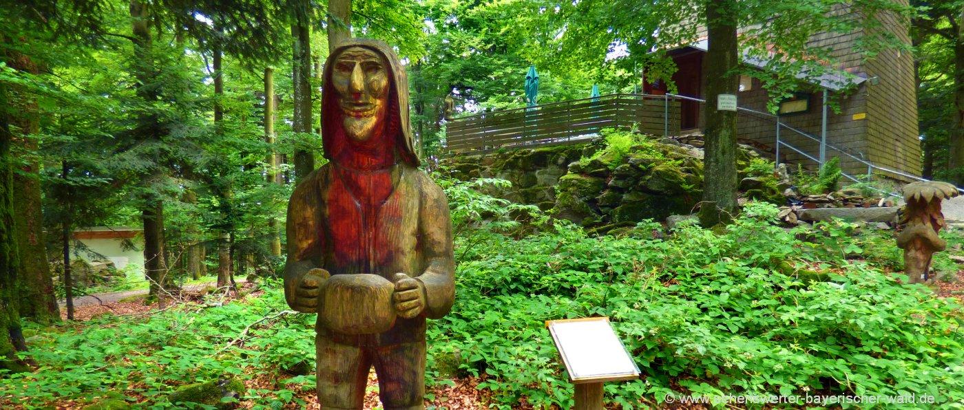 brotjacklriegel-erlebnispfad-schöfweg-familienwanderung-skulpturen