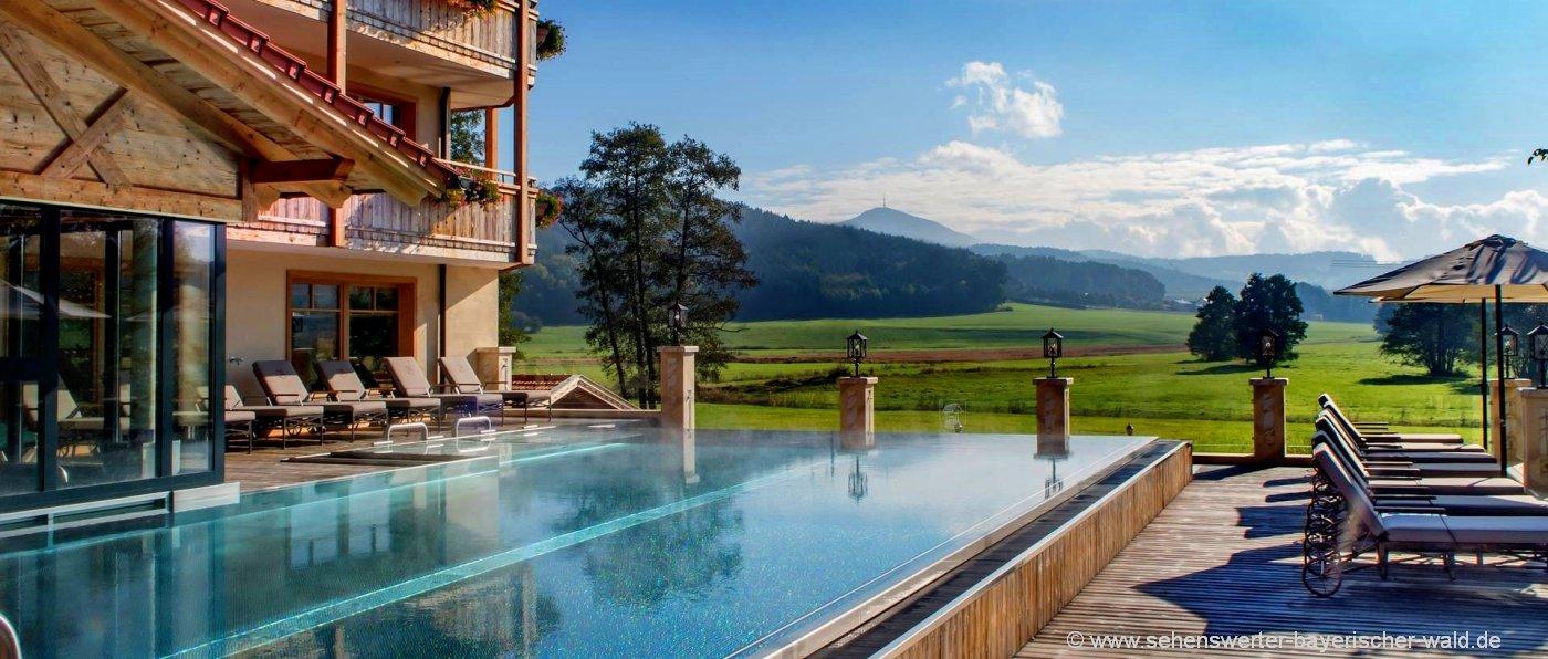 brunnerhof-hochzeit-wellnesshotel-bayerischer-wald-infinity-pool