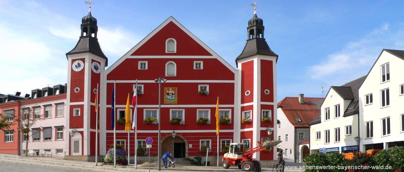 burglengenfeld-sehenswürdigkeiten-marktplatz-ausflugsziele