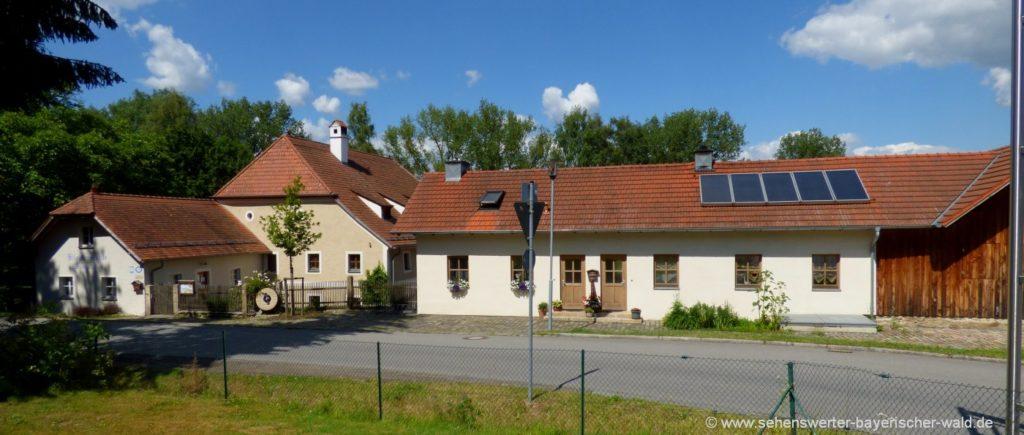 cham-klostermühle-altenmarkt-seminare-gaststube-bauernladen