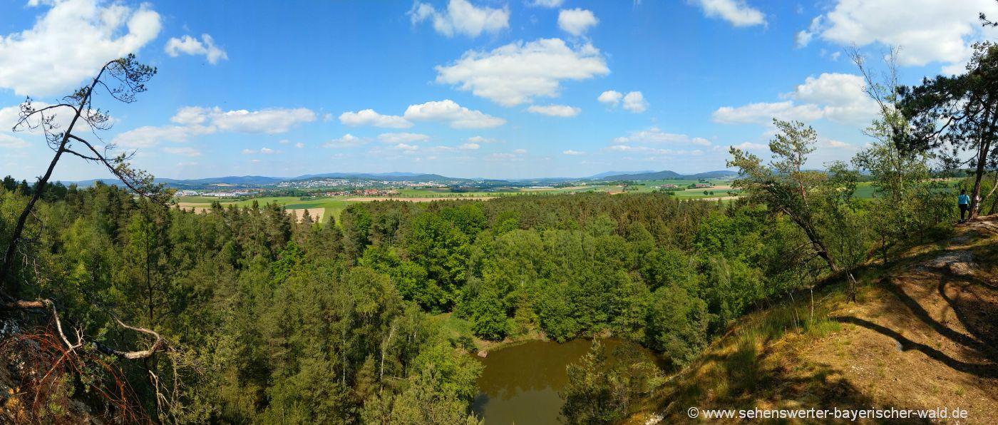 cham-pfahlsee-aussichtspunkt-stadt-wandern-pfahlweg-bayerischer-wald