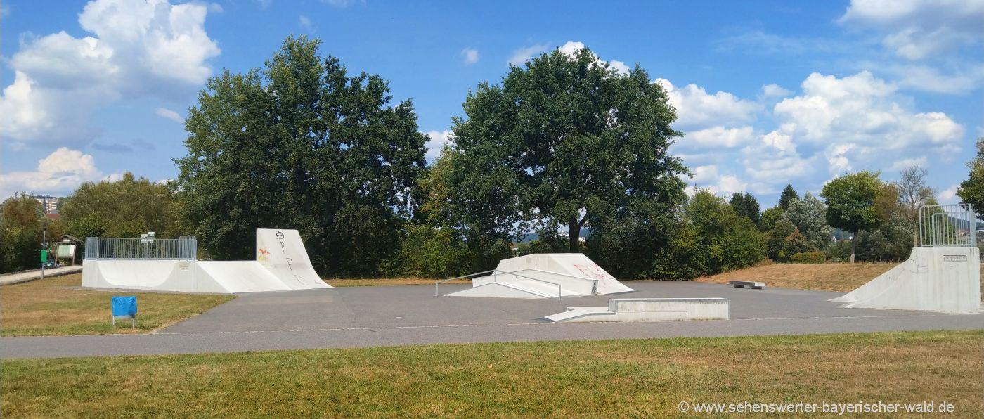 Skateboard fahren in Cham Freizeitangebot Skaterpark Quadfeldmühle
