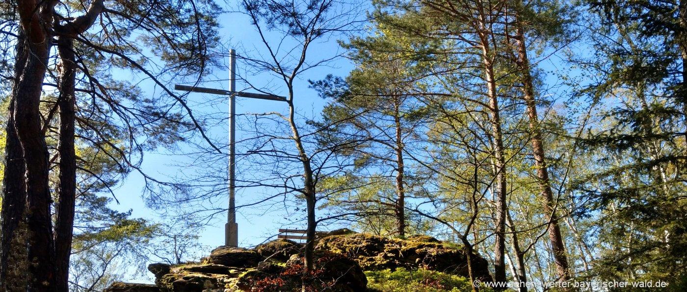 chamerau-kreuzfelsen-wanderwege-rossberg-kreuz