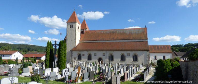 chammünster-urkirche-friedhof-beinhaus-bayern