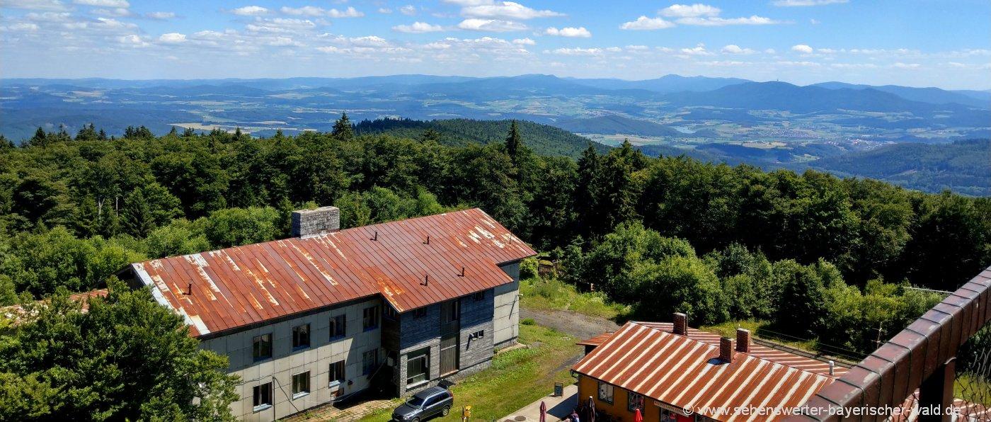 Böhmerwald Wanderung am Cherkov Aussichtsturm Tschechien Wandern