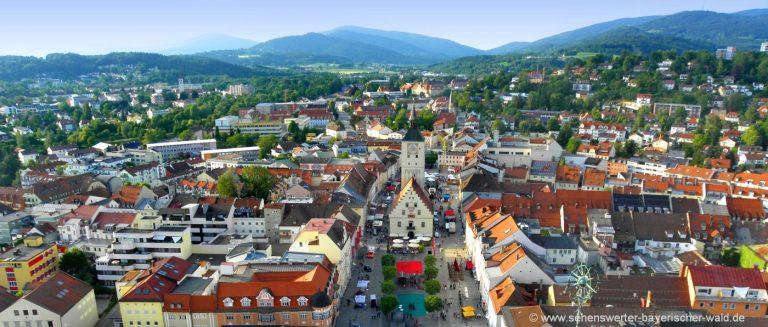 deggendorf-sehenswürdigkeiten-stadtplatz-luftbild-niederbayern