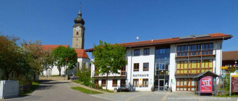 sehenswürdigkeiten-drachselsried-ausflugsziele-rathaus-kirche