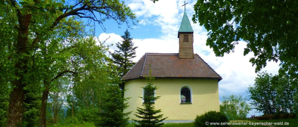 Kapelle am Gutshof Frath Wandern am Rundweg Drachselsried Böbrach