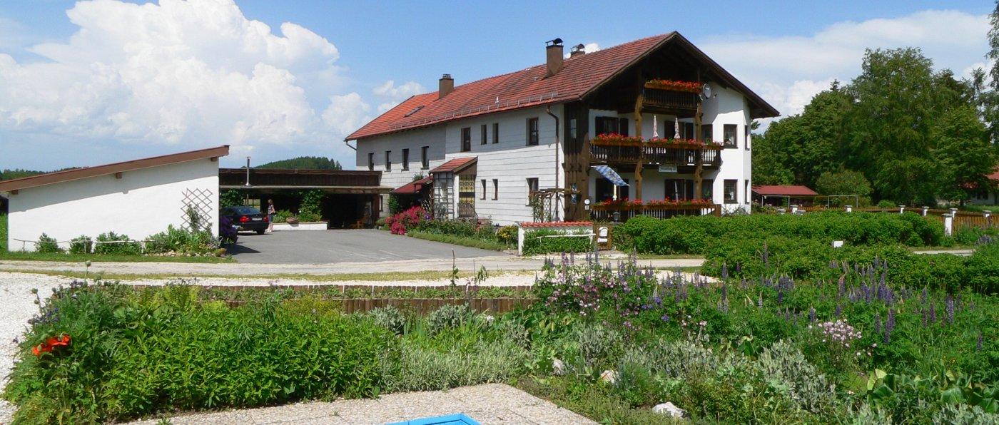 eibl-kirchberg-bayerischer-wald-ferienwohnungen-alleinlage