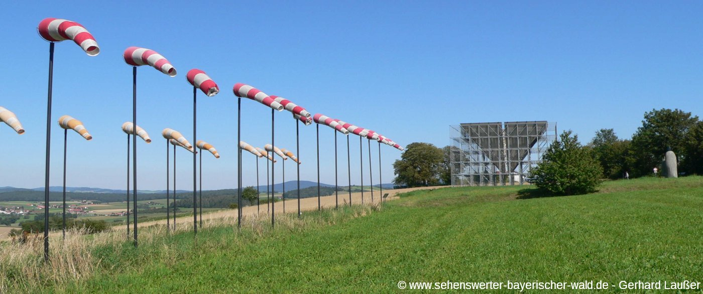 Kunstwanderweg Eschlkam Skulpturenweg im Landkreis Cham