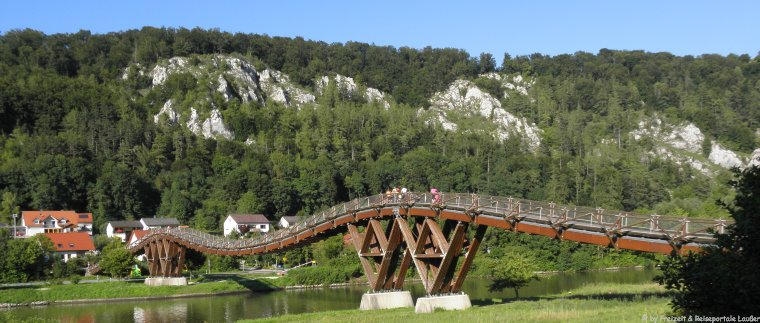 Holzbrücke in Essing Sehenswürdigkeiten und Ausflugsziele