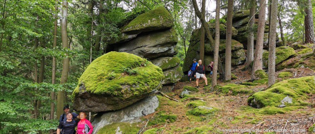 Felsenweg Falkenstein Steinformationen am Lauberberg