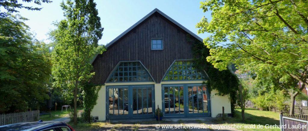 falkenstein-markt-alter-lokschuppen-freizeittipp-austellung-panorama-1200