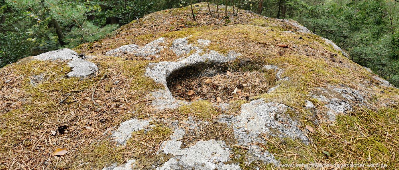 Opfersteine am Lauberberg bei Falkenstein i.d. Oberpfalz