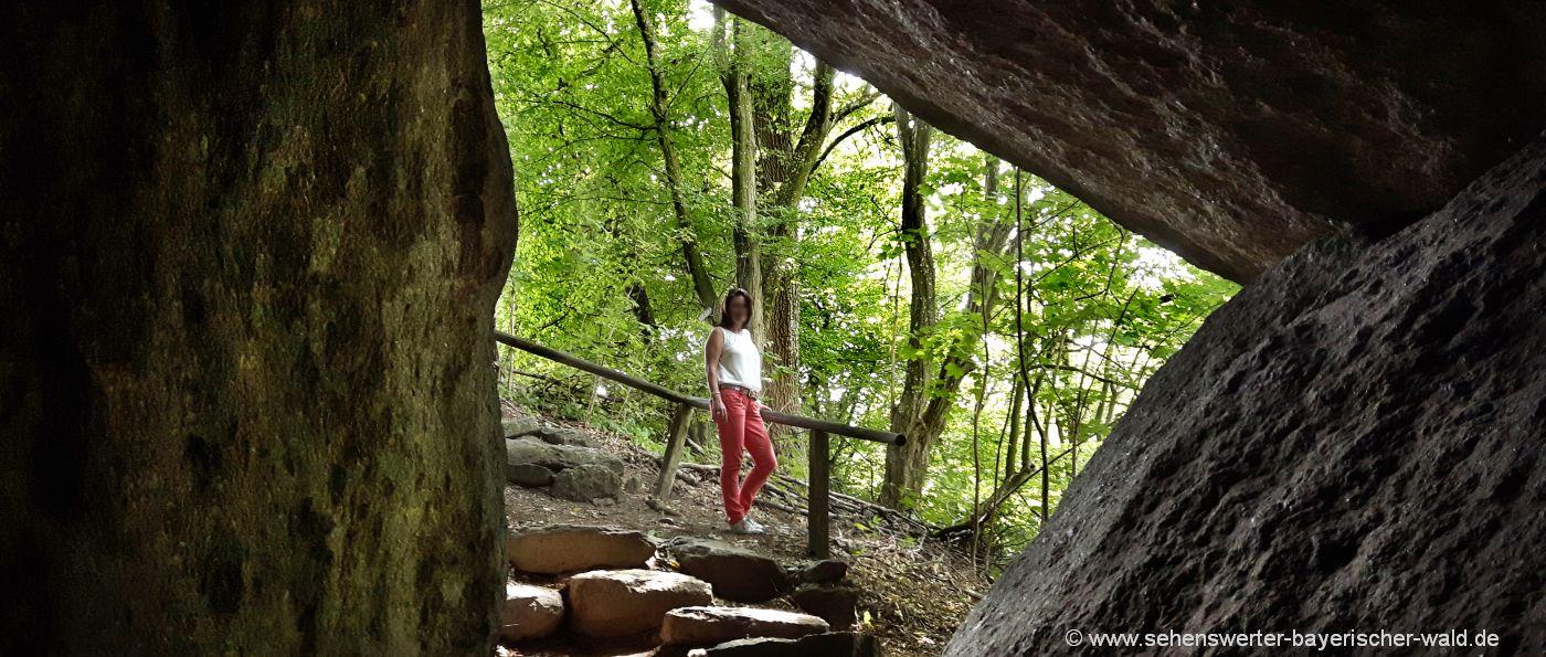 falkenstein-schlosspark-felsenhöhle-oberpfalz-felsenpark