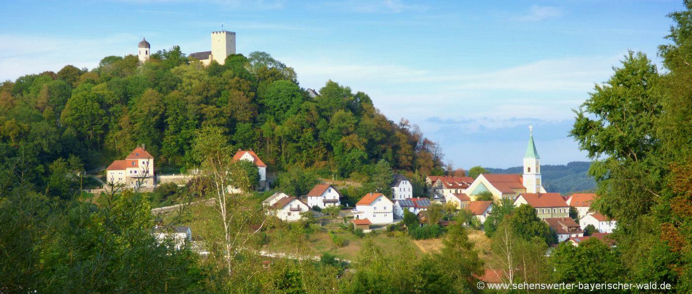 sehenswürdigkeiten in Falkenstein Burg Kirche im Ferienort Bayerischer Wald