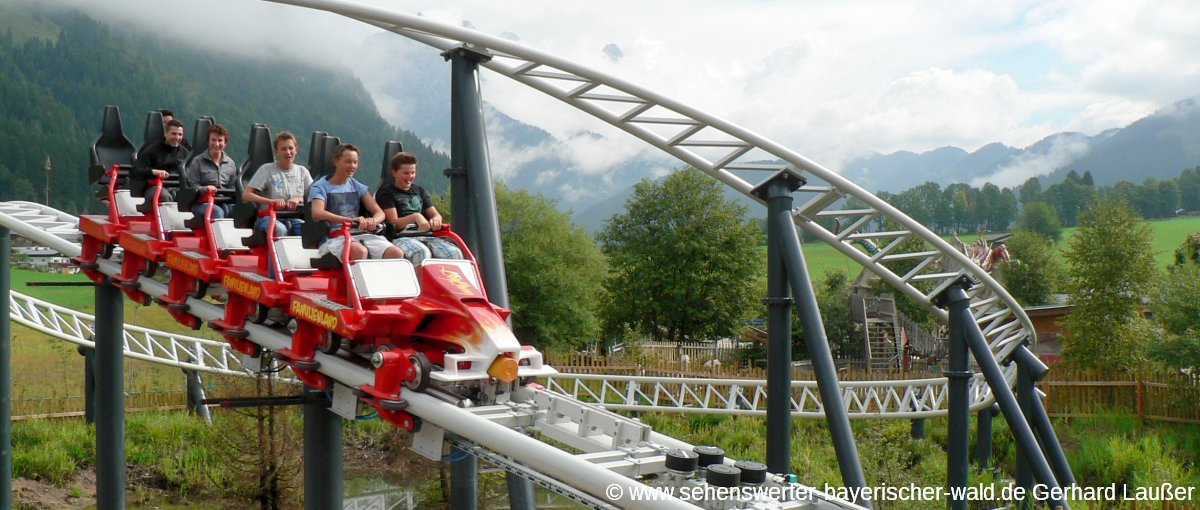 familienland-pillerseetal-kinder-freizeitpark-achterbahn-panorama-1200