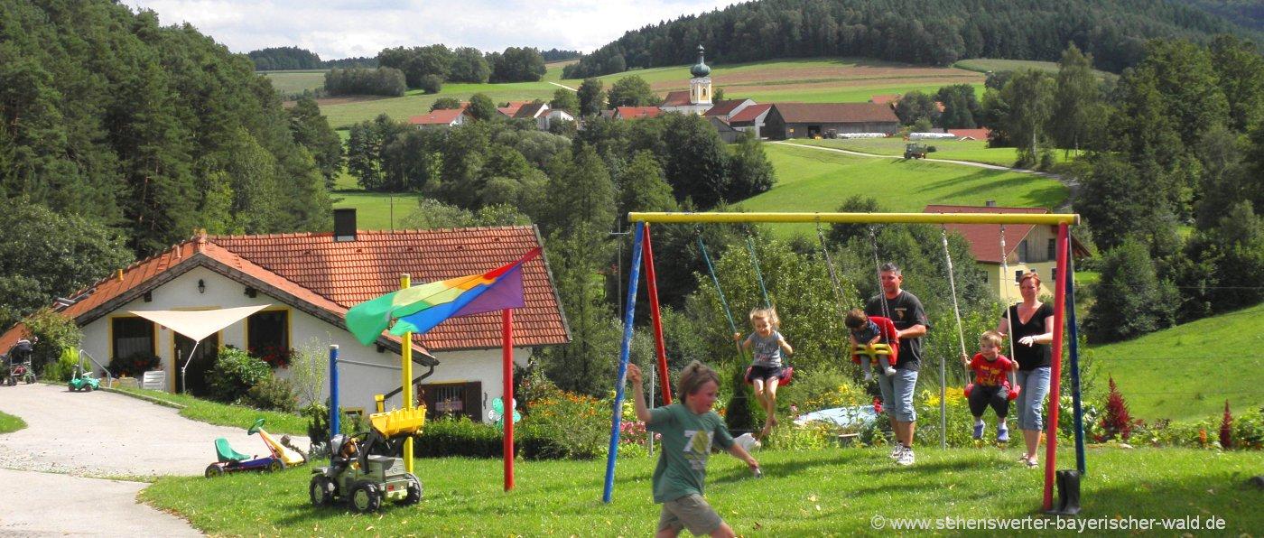 Bayerischer Walod Familienurlaub in Bayern Kinder Spielplatz Spass