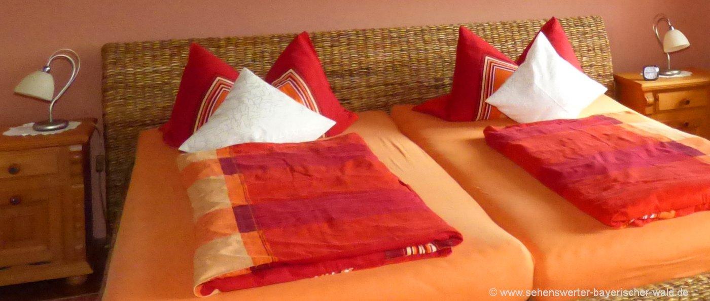 ferienwohnungen-oberpfalz-unterkunft-ferienhaus-schlafzimmer