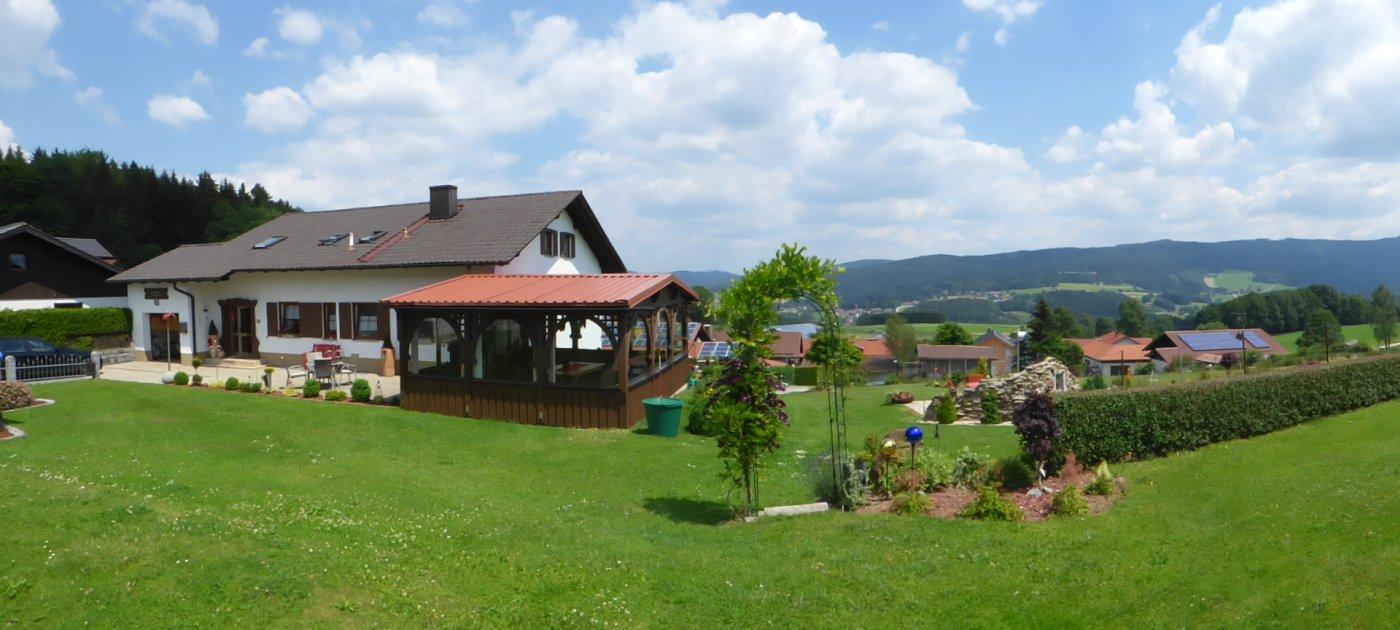 friedrich-gotteszell-niederbayern-ferienpension-bayerischer-wald-landschaft